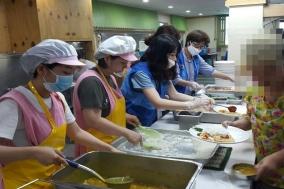 보건의약단체, 영보자애원서 여성 노숙인 400명에게 의료활동 펼쳐