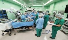 세브란스병원, 절단된 남성의 팔 이식 성공