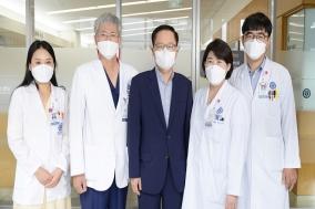 폐이식 환우가 경제적 어려움 겪는 폐이식 환우 위해 3500만원 기부