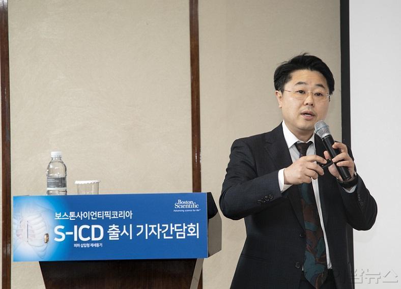 사본 -[사진자료] 신촌 세브란스 병원 정보영 교수.jpg