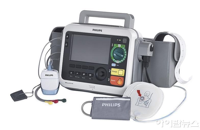 필립스 전문가용 심장충격기 겸 모니터 에피시아 DFM100 (Efficia DFM100).jpg