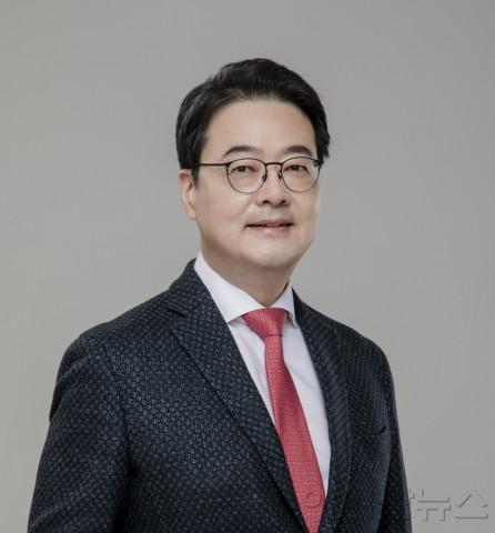 박종웅 교수.jpg