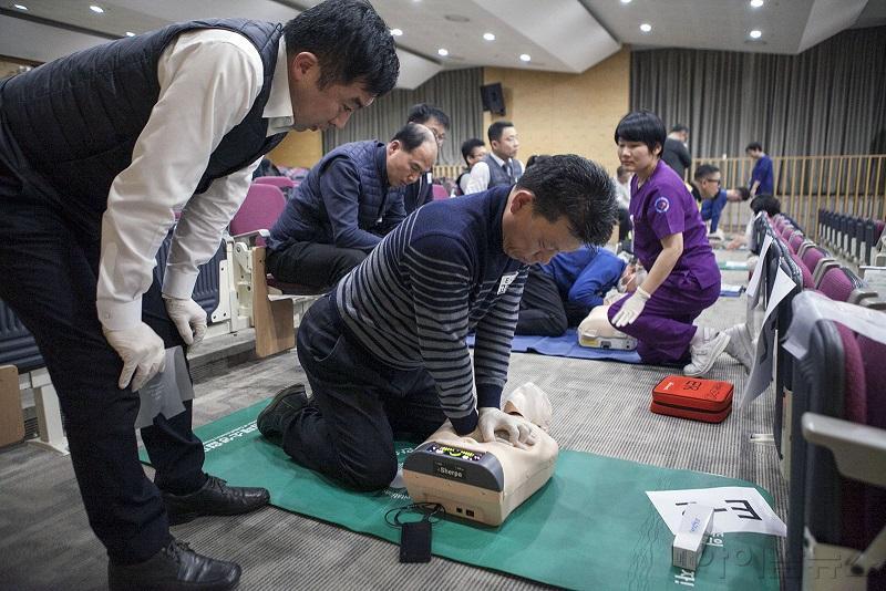 사본 -응급안전버스 보도자료 사진4.jpg