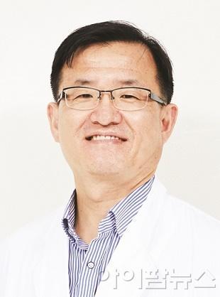 김상동 교수.jpg