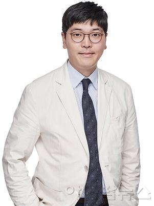 혈관이식외과 전강웅 교수.jpg