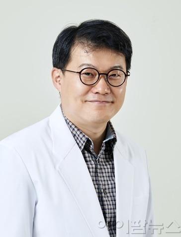 최훈 가톨릭대학교 인천성모병원 갑상선내분비외과 교수(1).jpg