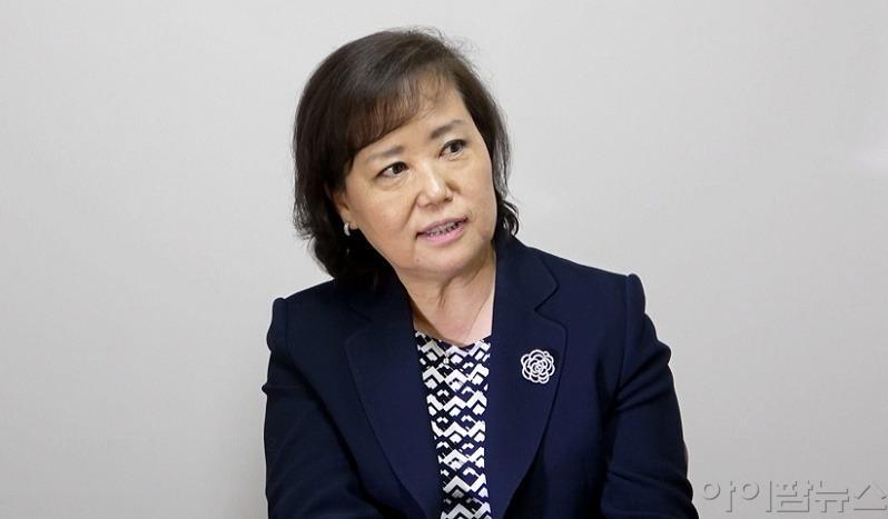 강선화 재외한인간호사회 총회장.jpg